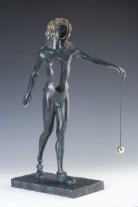 RZEŹBA - Surrealistyczny Newton